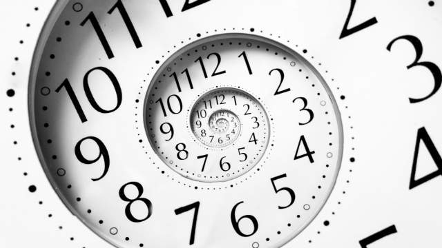 How to manage your time in an escape game and beyond - Ivy Lee's simple method in 5 steps